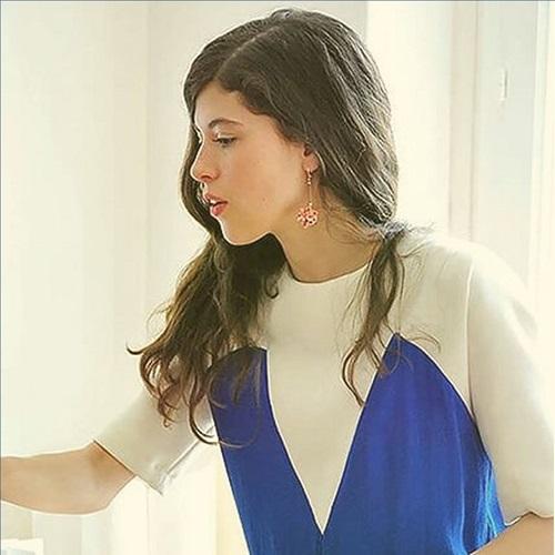 Laurie Archambault, relieure, vous accompagne le lundi à Paris. Cliquez sur l'image pour découvrir son parcours…