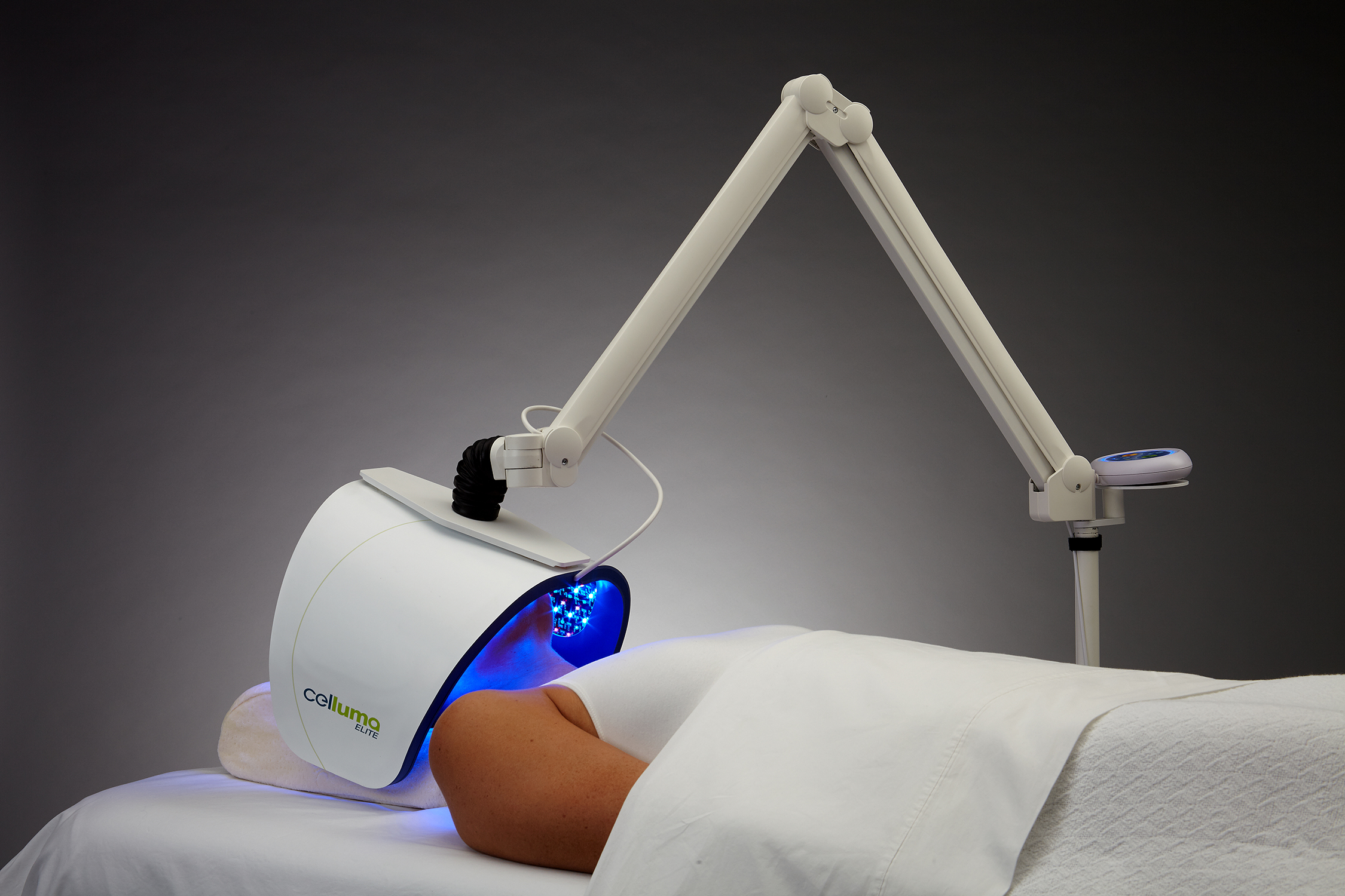 REJUVENATE YOUR SKIN… - BY MINIMIZING YOUR WRINKLES.DEFEAT YOUR ACNE.AND SOOTHE YOUR MUSCLESThese are extraordinary claims, and the Federal Drug Administration (FDA) has ruled that Celluma Light Therapy is justified in making them.