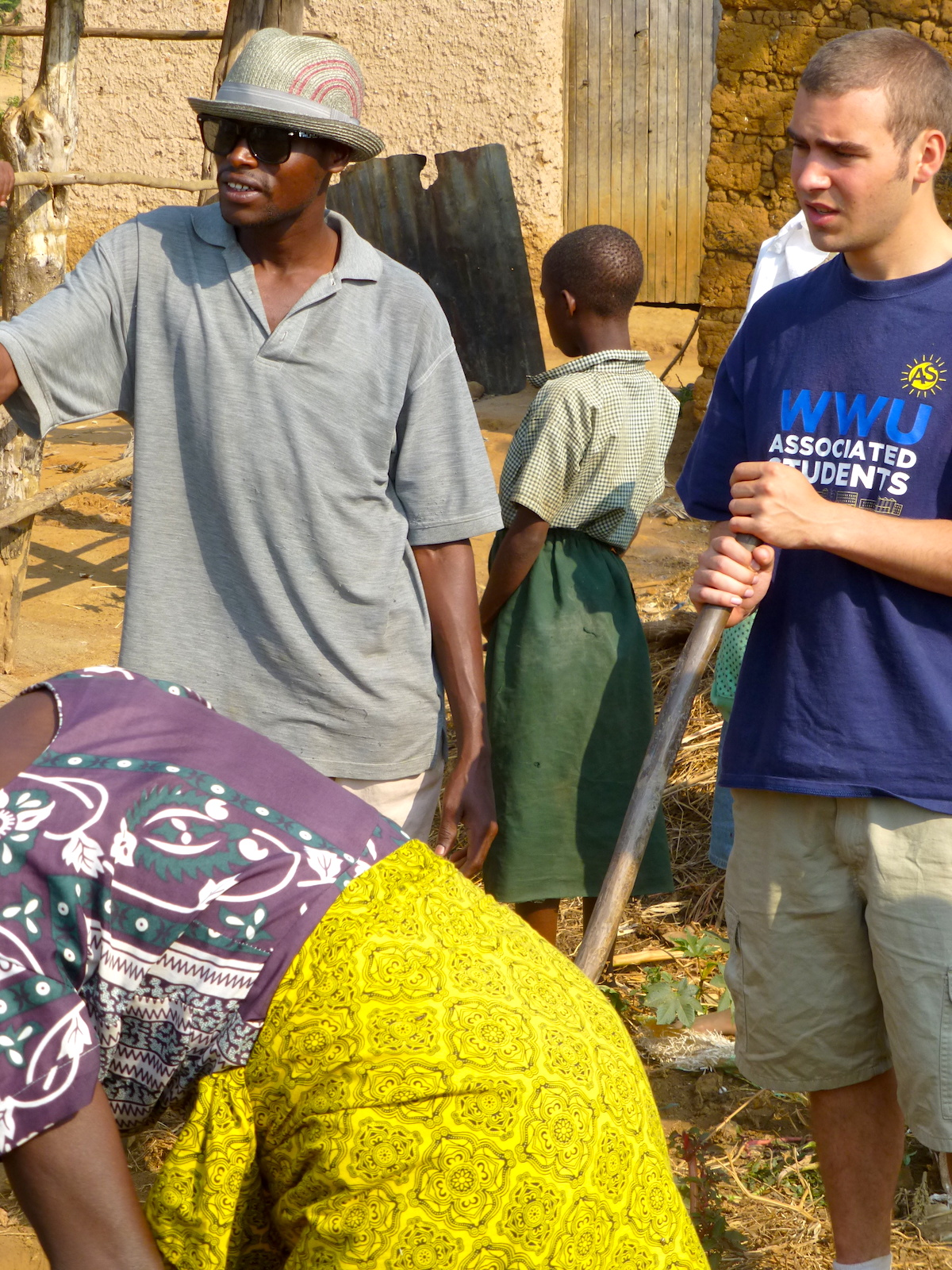 Study abroad in Rwanda and work on local community development projects