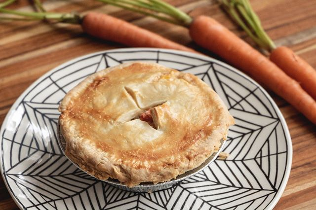 Pie all day, everyday 😎 Come get a mini pot pie to enjoy on your lunch break all week long! Here's where we will be with @gofooda this week: 💥Tomorrow @ 10 S. Wacker //11:30am -1:30pm 💥Friday @ Northern Trust 50 S. LaSalle // 11am-2pm . . . . . #justiceofthepies #pies #pie #pielove #chicagopie #chicagobakery #bakingaddiction #freshlybaked #bakedfromscratch #pastryporn #chicagobaker #baker #homemade #homemadepie #chicagobusiness #eaterchicago #illinoismade #enjoyillinois #madeinchicago #chicagofood #f52grams #supportblackbusinesses #buyblack #blackowned #blackownedbusiness #woc