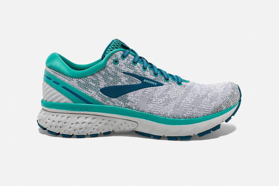 Brooks Ghost 11 : Long runs and a few easy miles midweek. Since long runs add mileage up quickly, I try to use these only once during the week, so they last a little longer! I'm on my second pair, currently so I definitely love them!