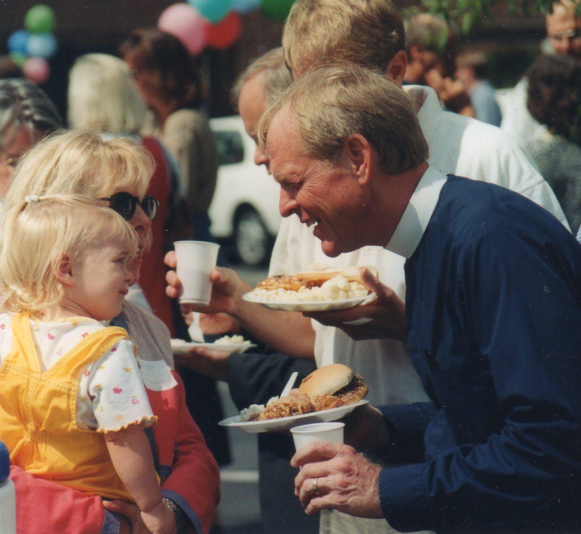 1999-CelebrationSunday20years-159.jpg