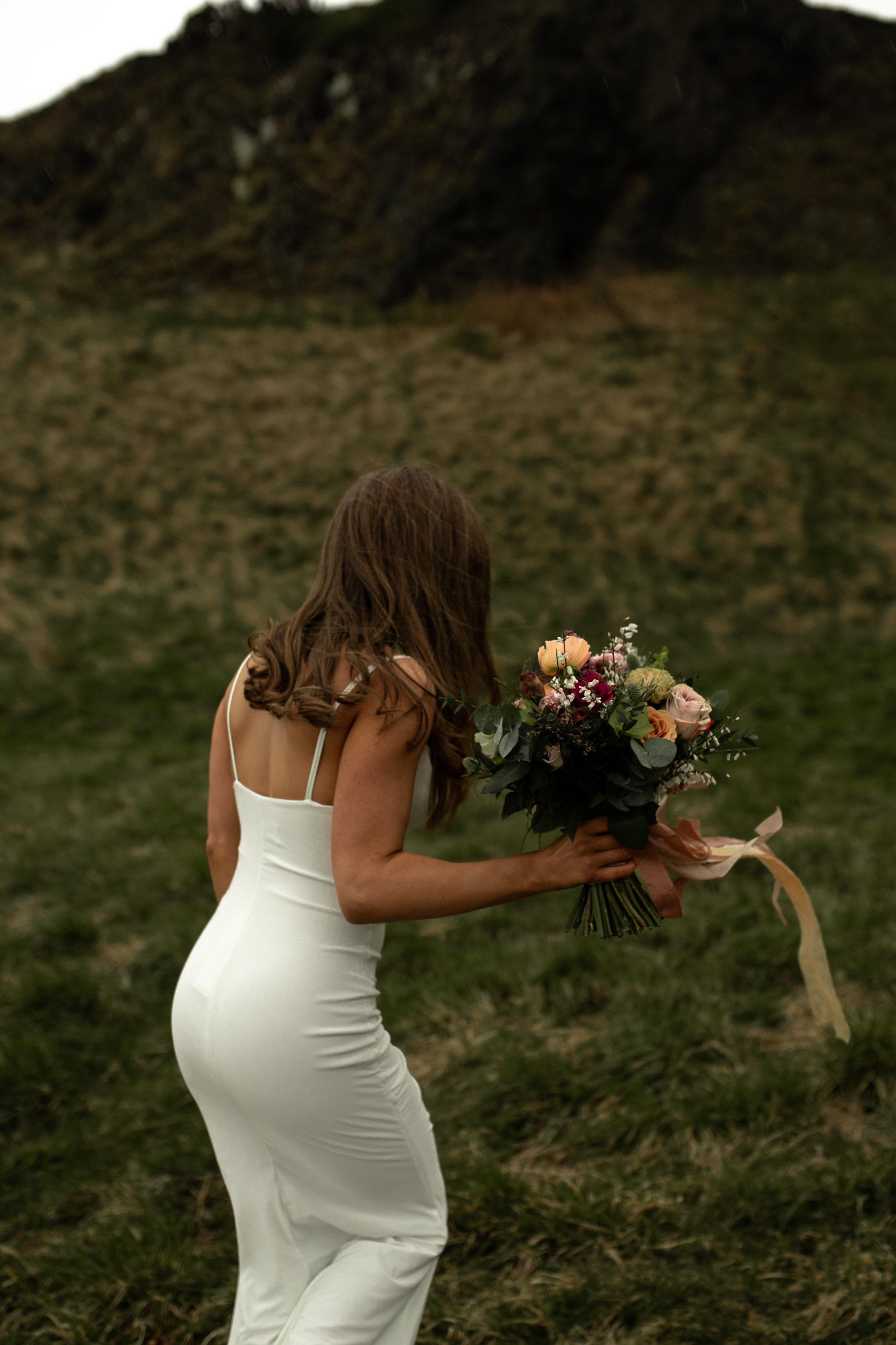 Paula_Russell_Photography_Edinburgh_Wedding_BBonnie_Flowers