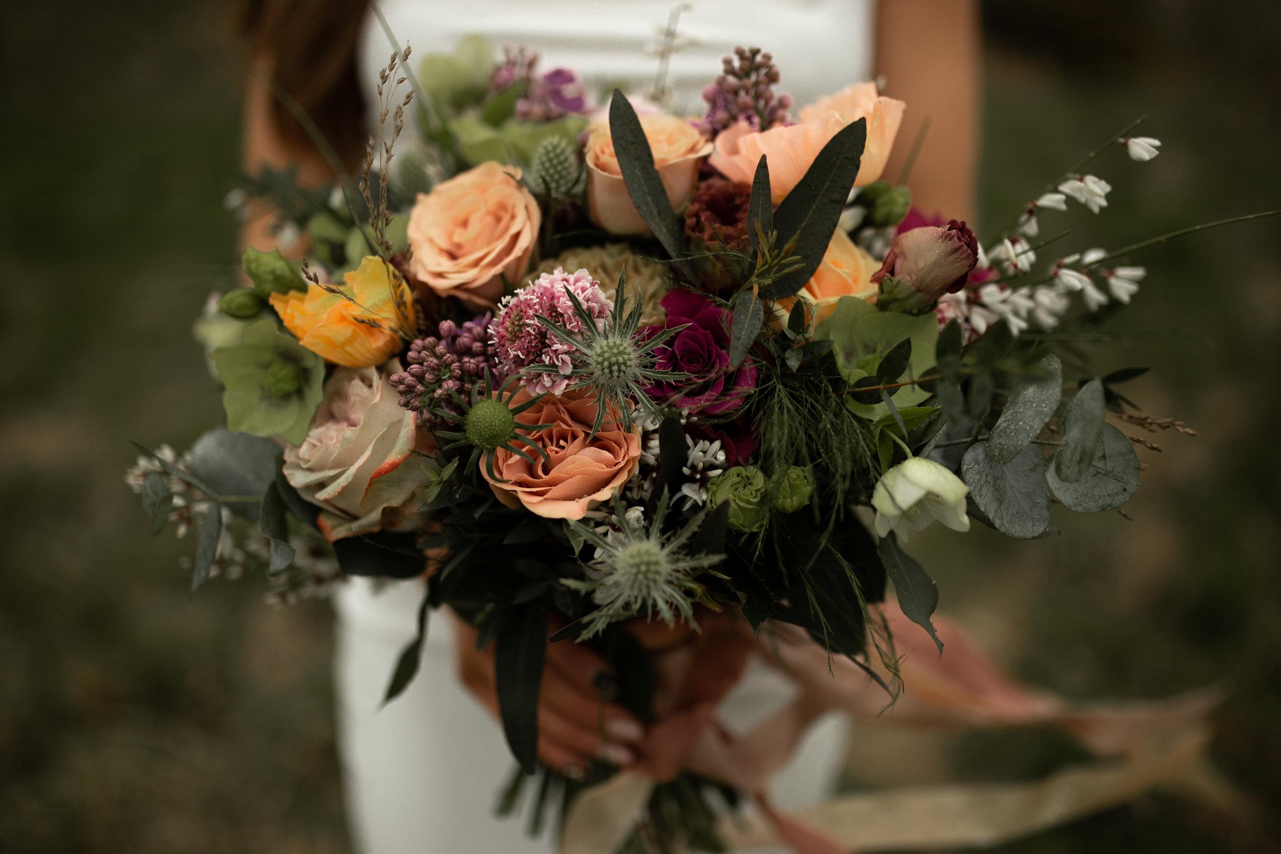 Paula_Russell_Photography_Edinburgh_Wedding_BBonnie_Flowers_6