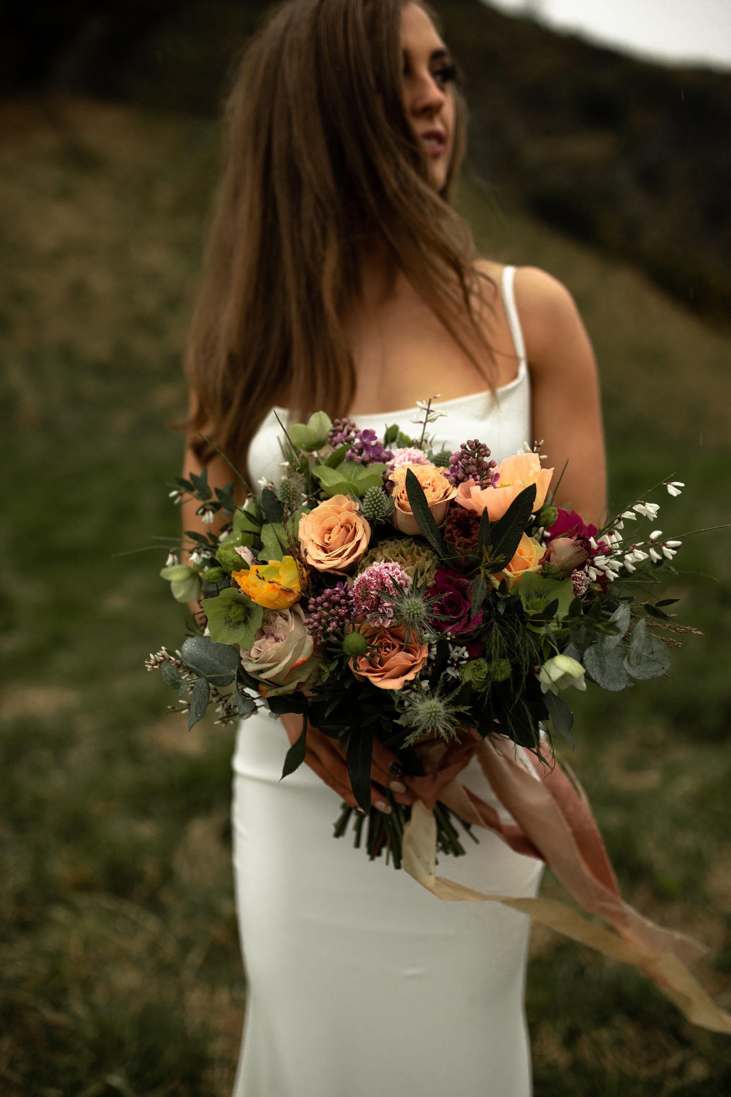 Paula_Russell_Photography_Edinburgh_Wedding_BBonnie_Flowers_7