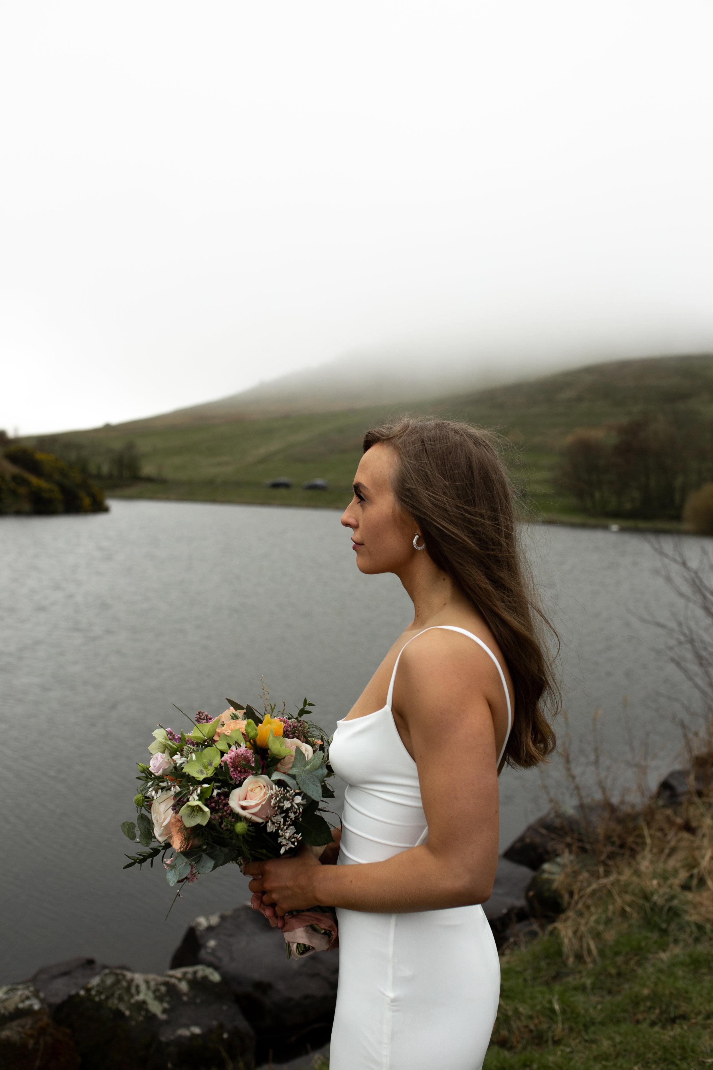 Paula_Russell_Photography_Edinburgh_Wedding_BBonnie_Flowers_8