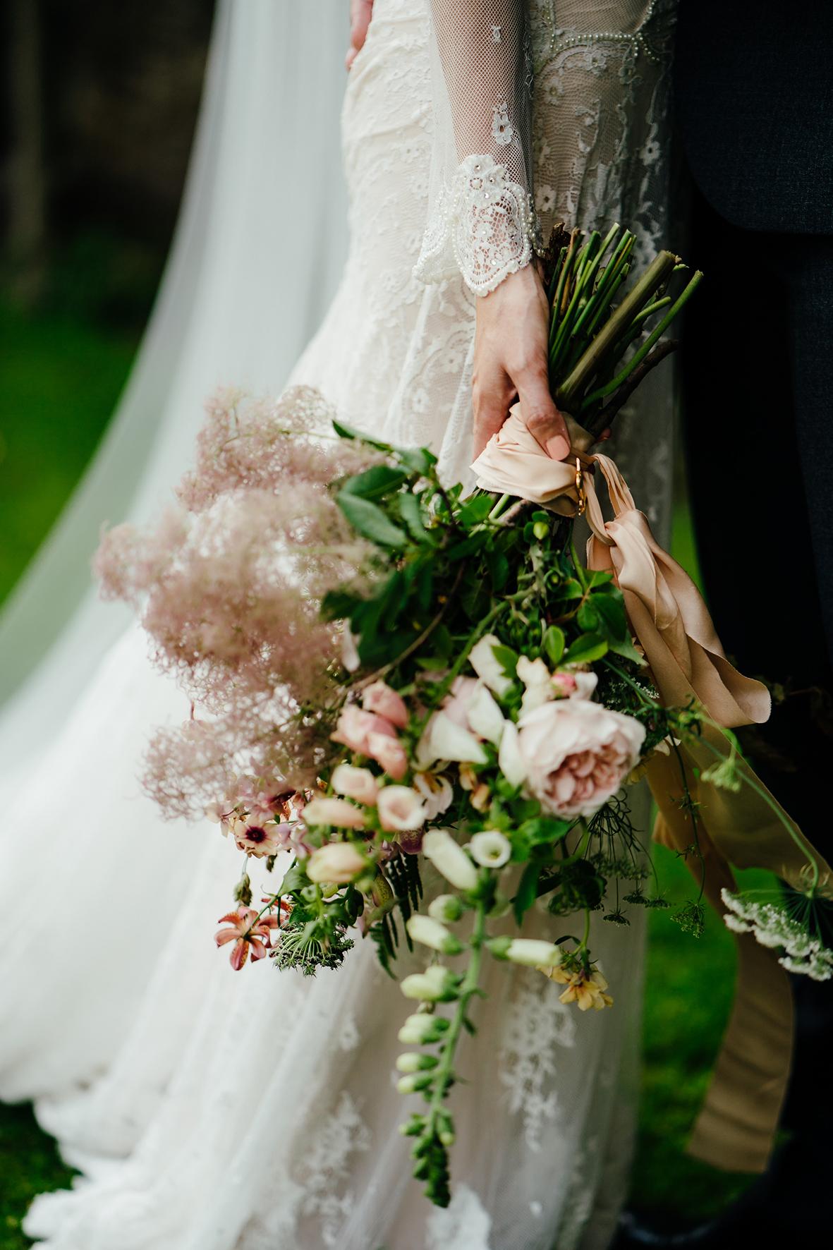 Chrissy & Ben flowers 4.jpg