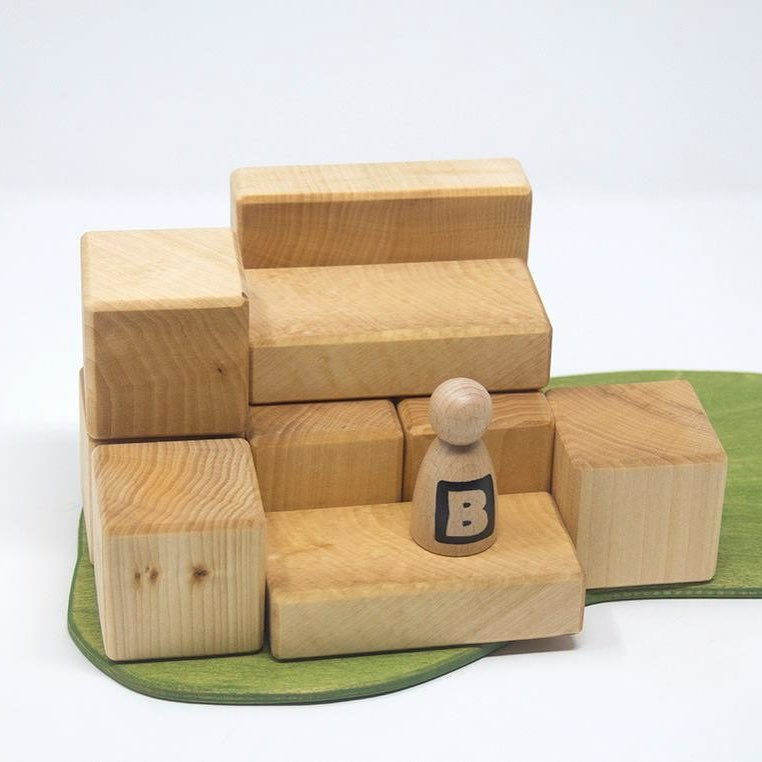 Building Blocks  Perfect for little hands, this set is aimed at beginners and preschoolers but older children will enjoy the tactile nature and simplicity of the blocks and can incorporate them with other sets.  RRP £19.25
