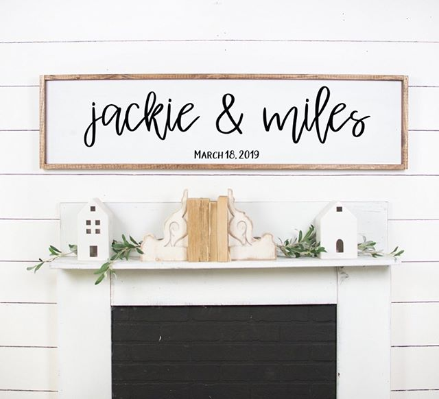 Looking for a unique and fun way to put a twist on the traditional wedding guest book?! ✨ Have your guests write directly on our sign and hang it on your wall for a lovely memory instead of being stashed away on a shelf! ✨
