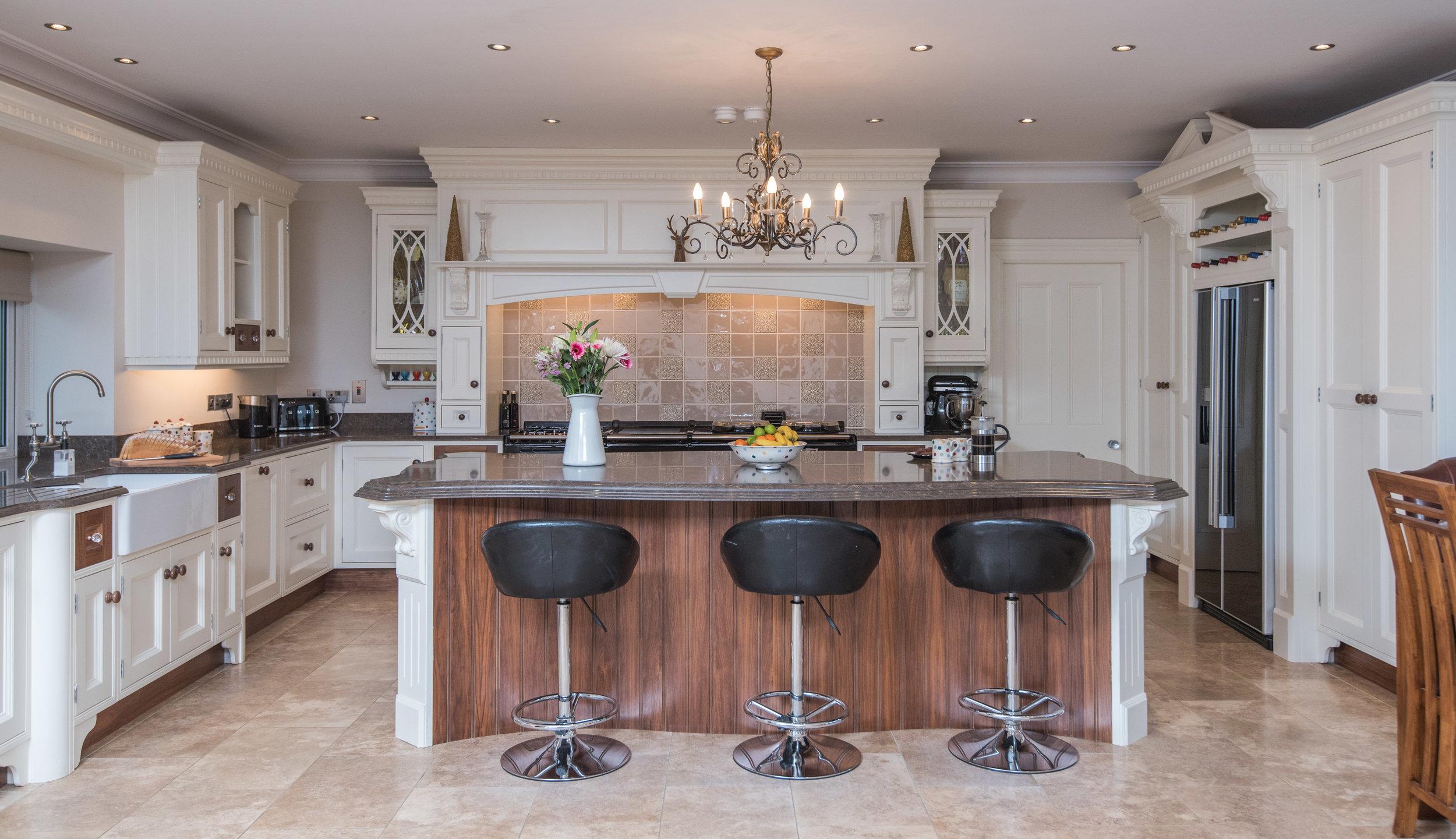 HB -001 -Hand painted kitchen.jpg