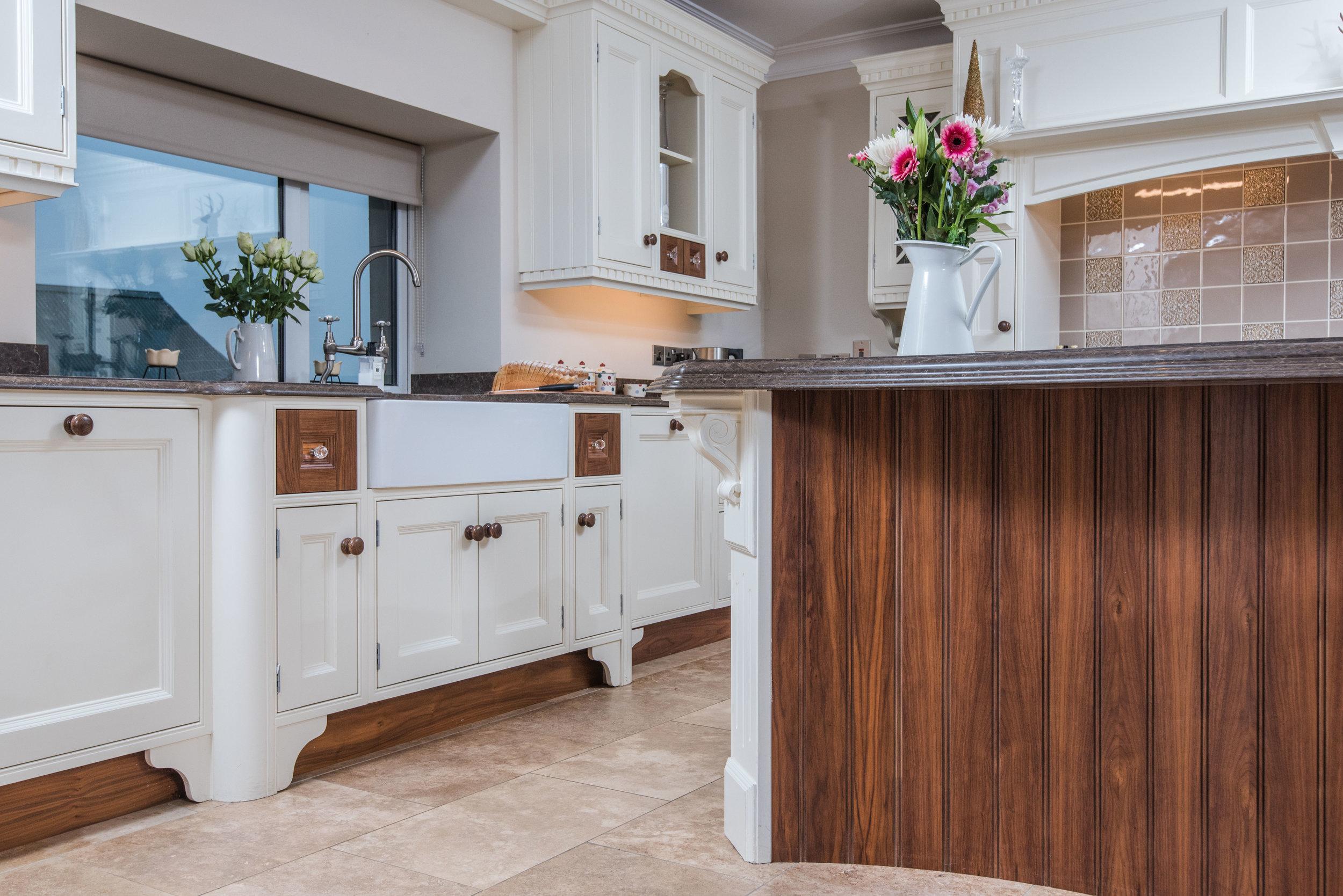 HB -009 -Hand painted kitchen.jpg