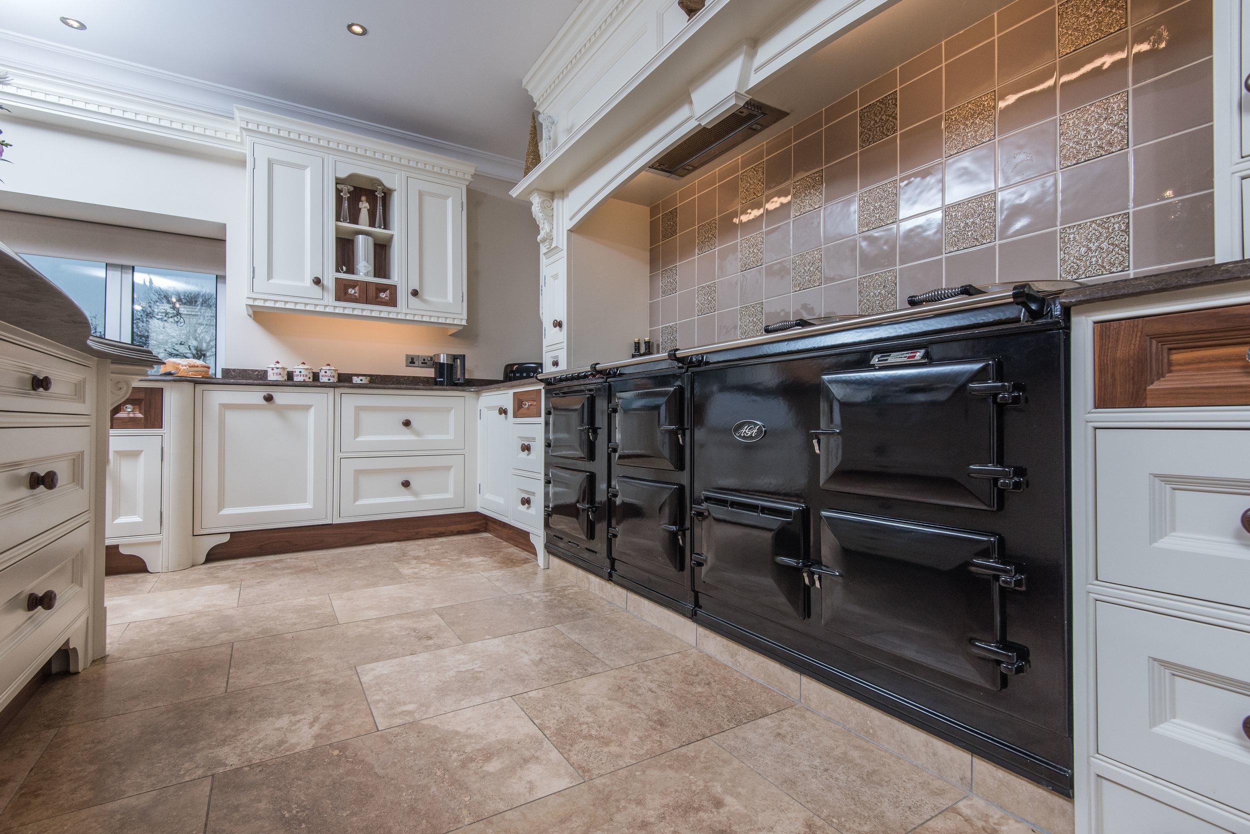 HB -014 -Hand painted kitchen.jpg