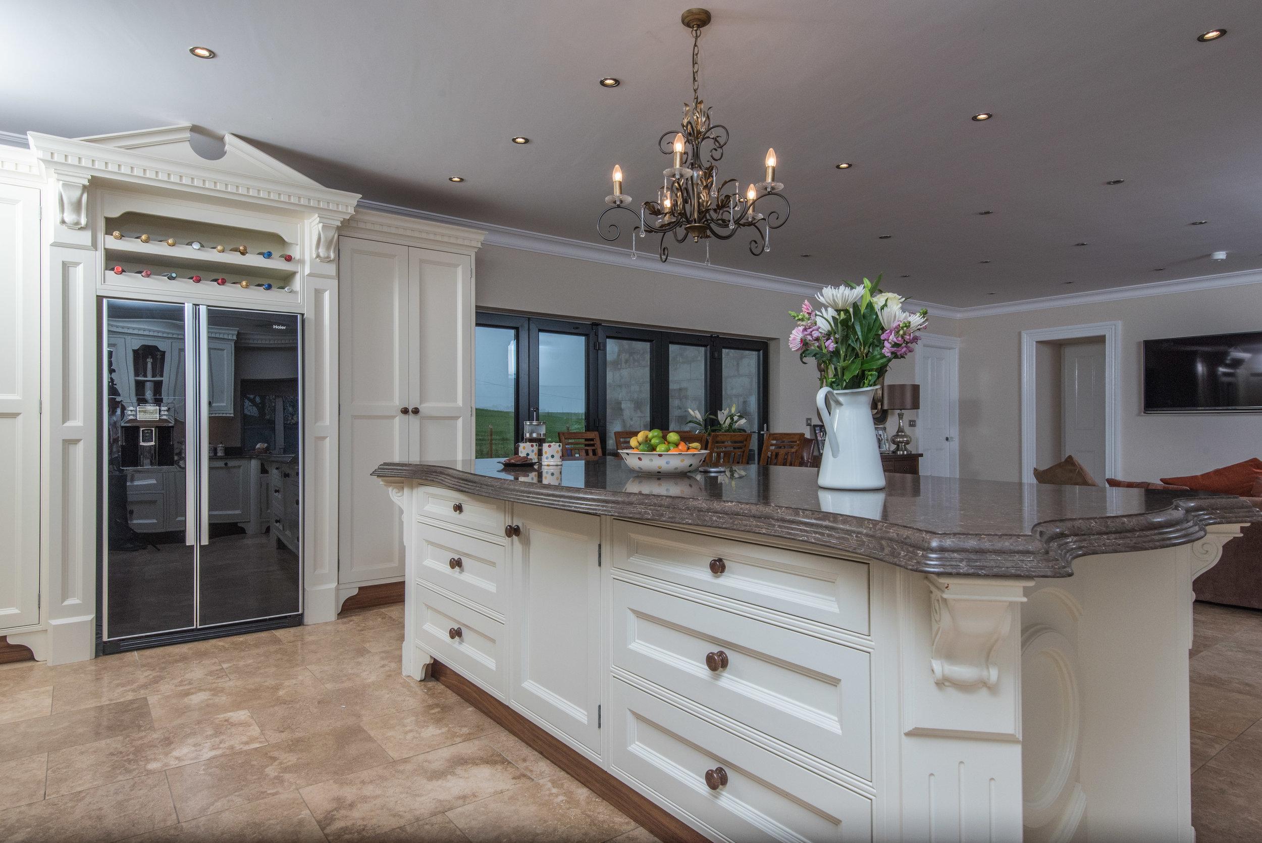 HB -017 -Hand painted kitchen.jpg