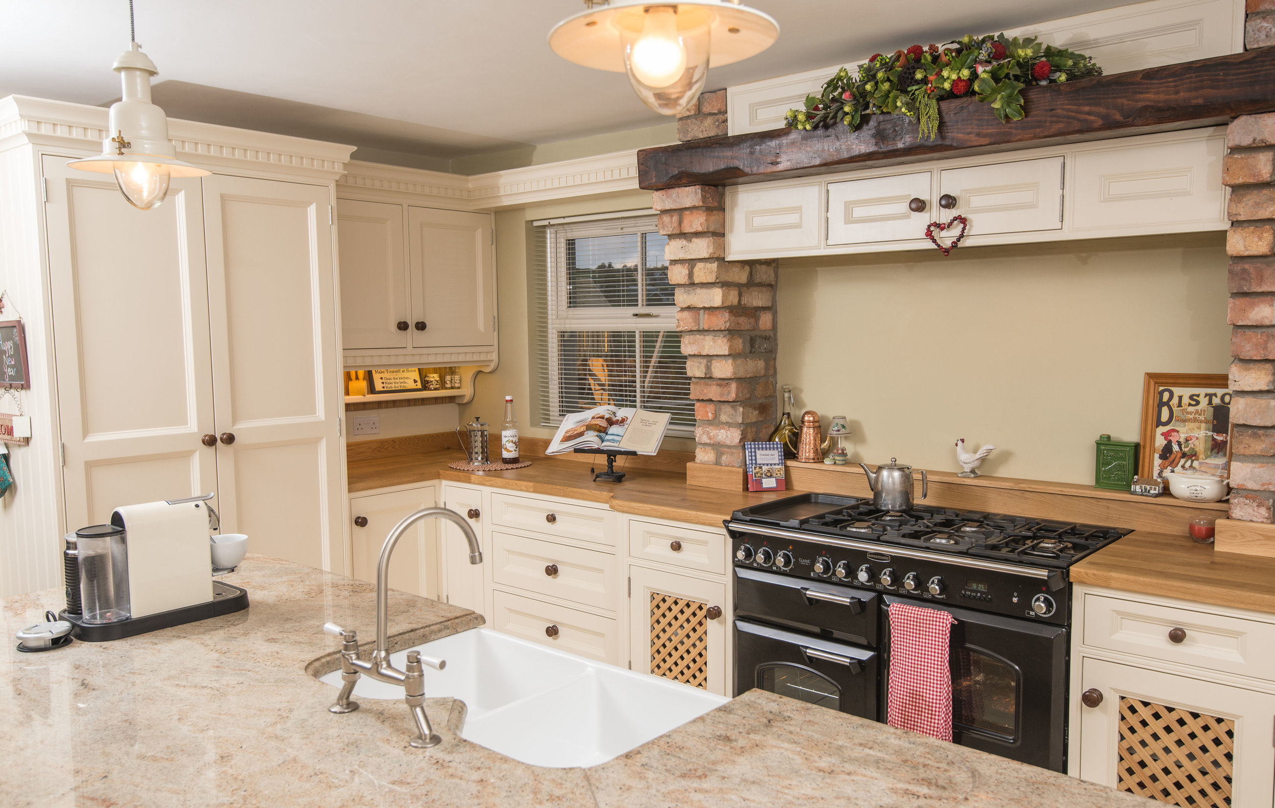ELM -005 -Hand painted kitchen.JPG