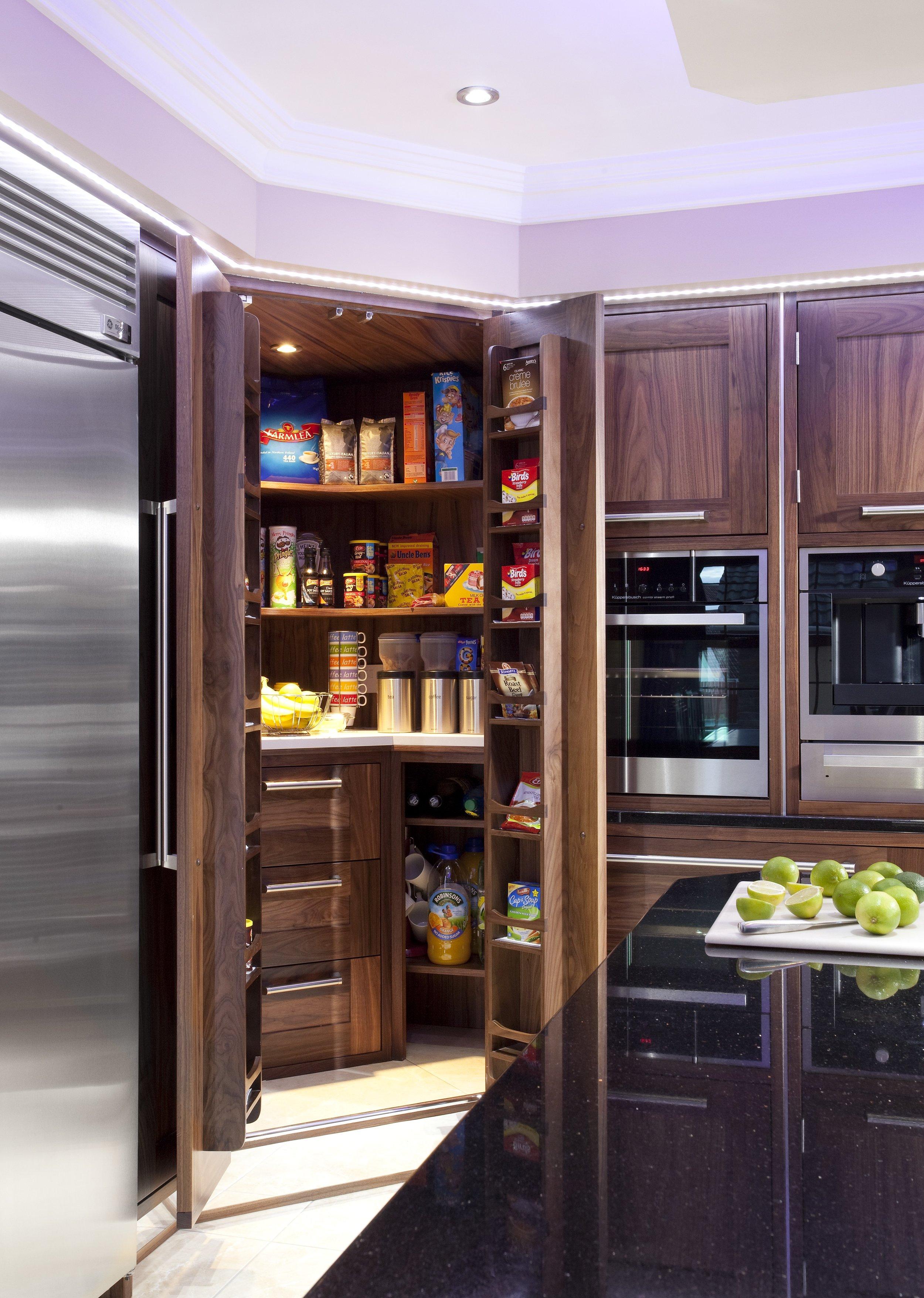 SH -008 -Walnut kitchen.jpg