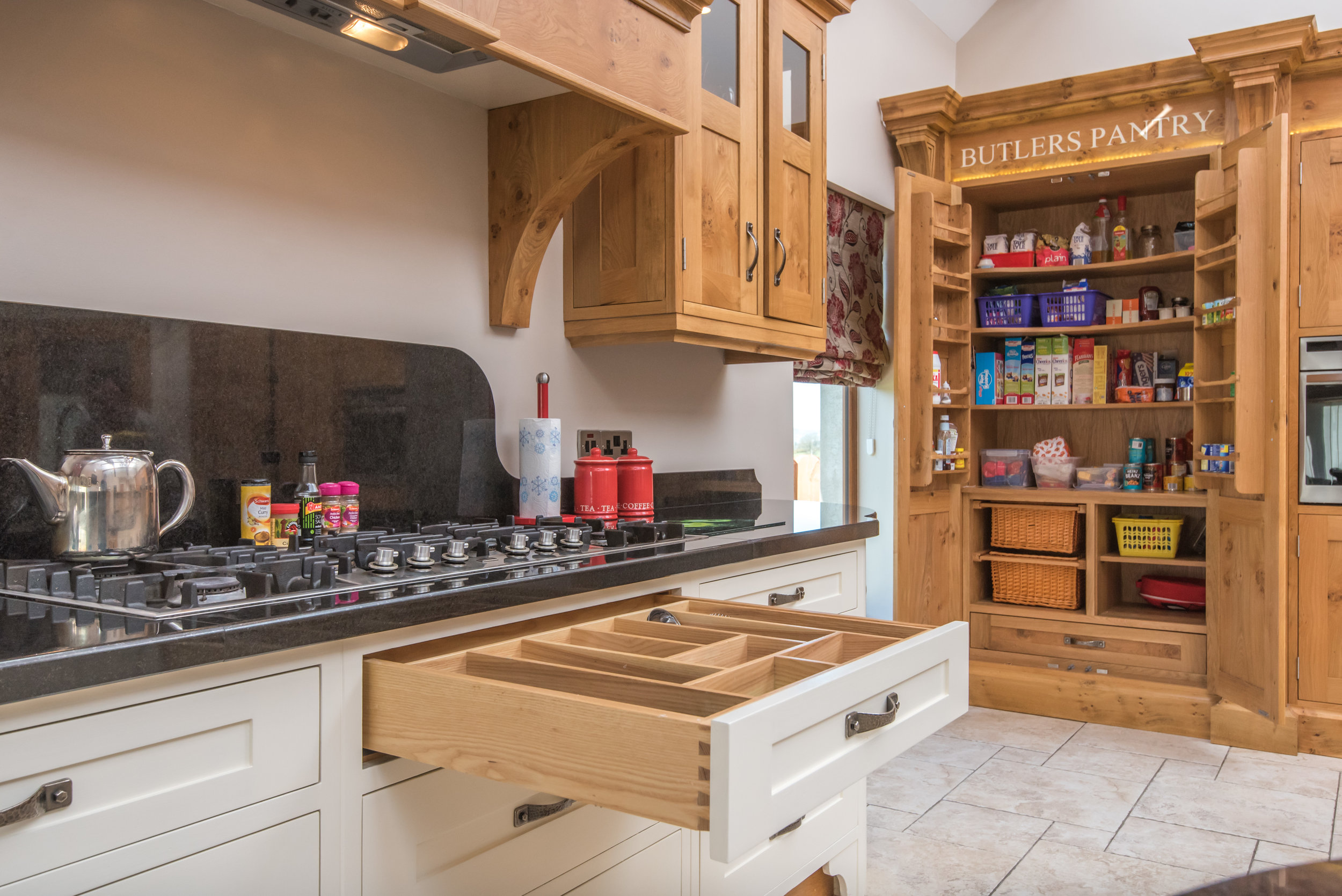 SM -019 -Pippy oak kitchen.jpg