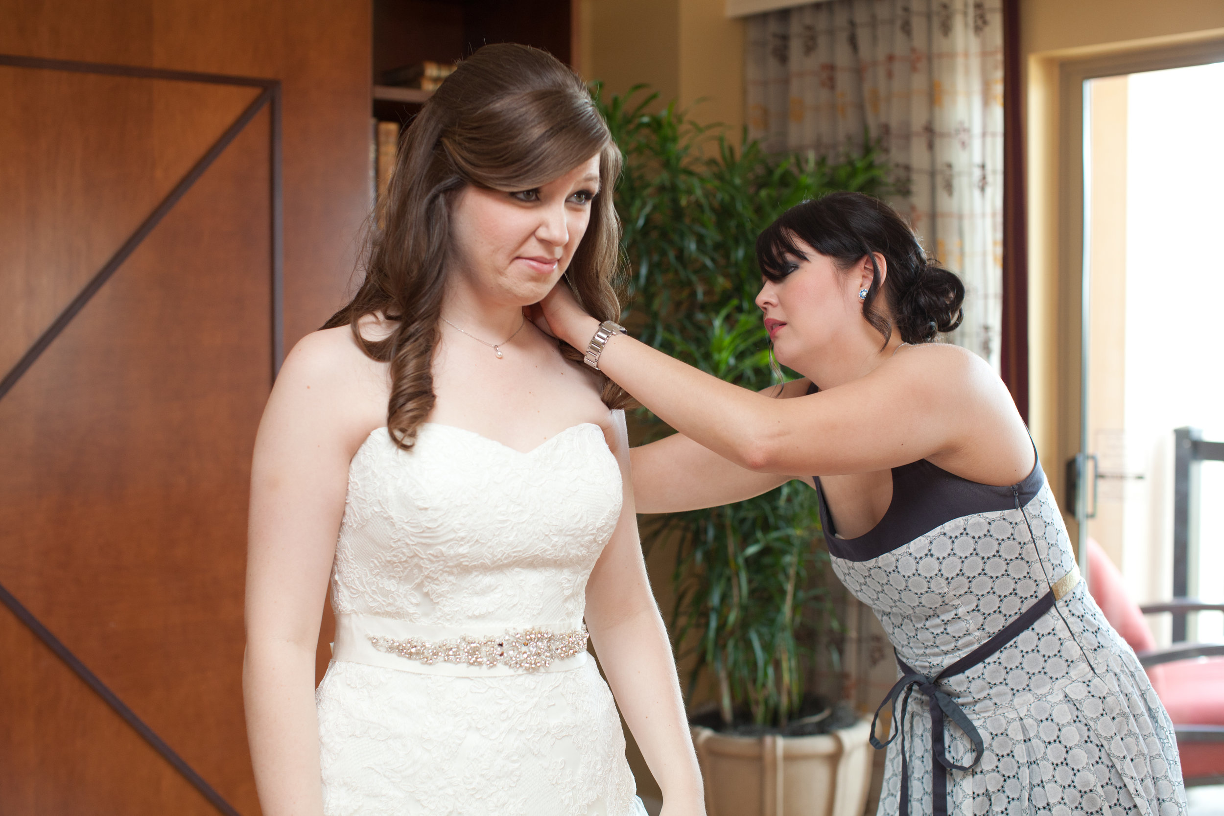 Bridal_Cutsom Photo.jpg