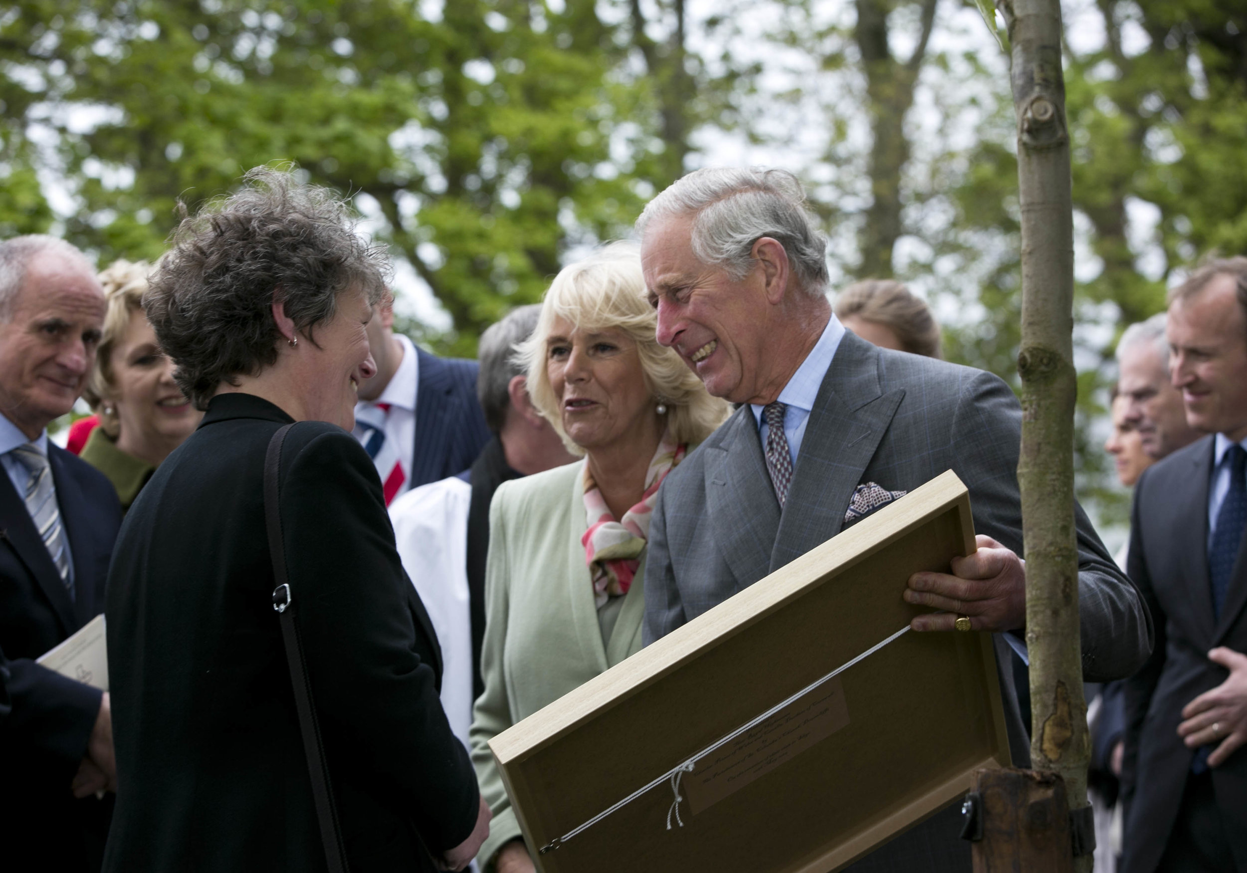 HRH The Prince of Wales with commissioned gift