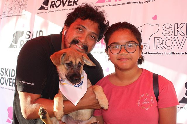 🐶💕 Family Friday⁣ ⁣ We love our Rover families spreading awareness for our cause! As anyone with a dog will tell you, the human-canine bond is deep. Everything we do is to support the loving companions on Skid Row whose owners are experiencing homelessness.⁣ ⁣ For more information on how you can donate, please visit the link in our profile.