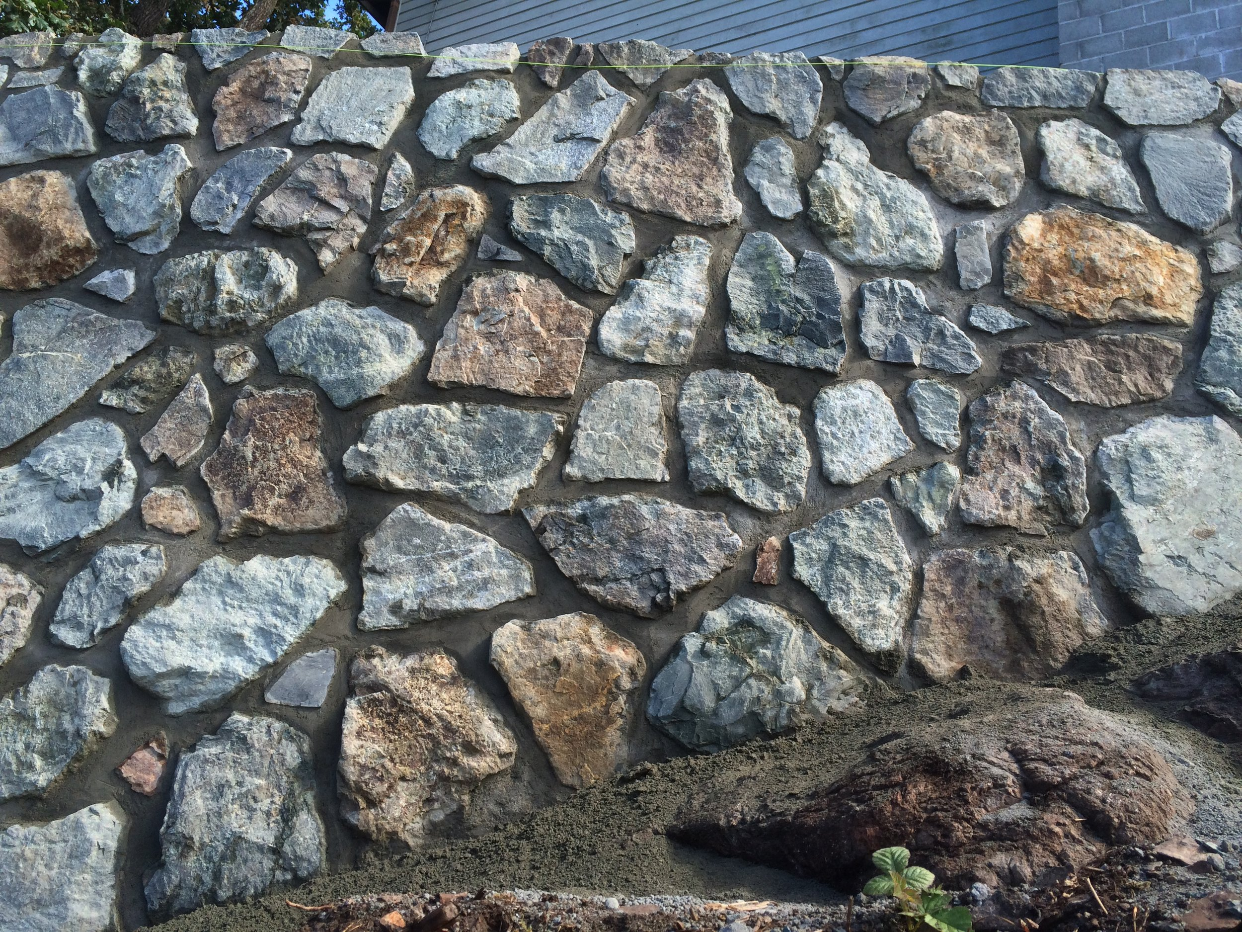 Retaining wall 9.JPG