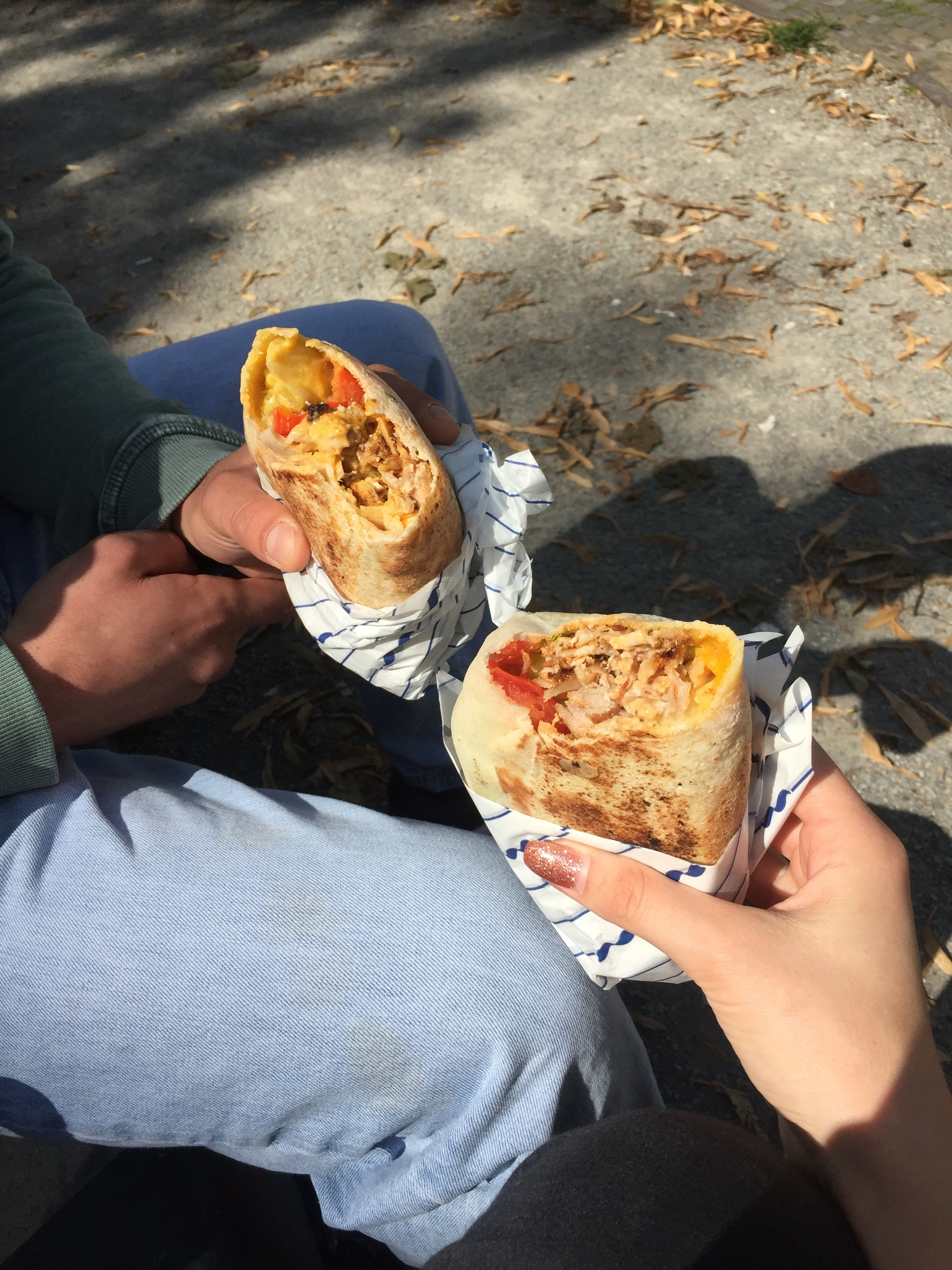 There are countless sandwiches to choose from: Hallumi, Köfte-Hallumi, Falafel, Schwarma, etc.