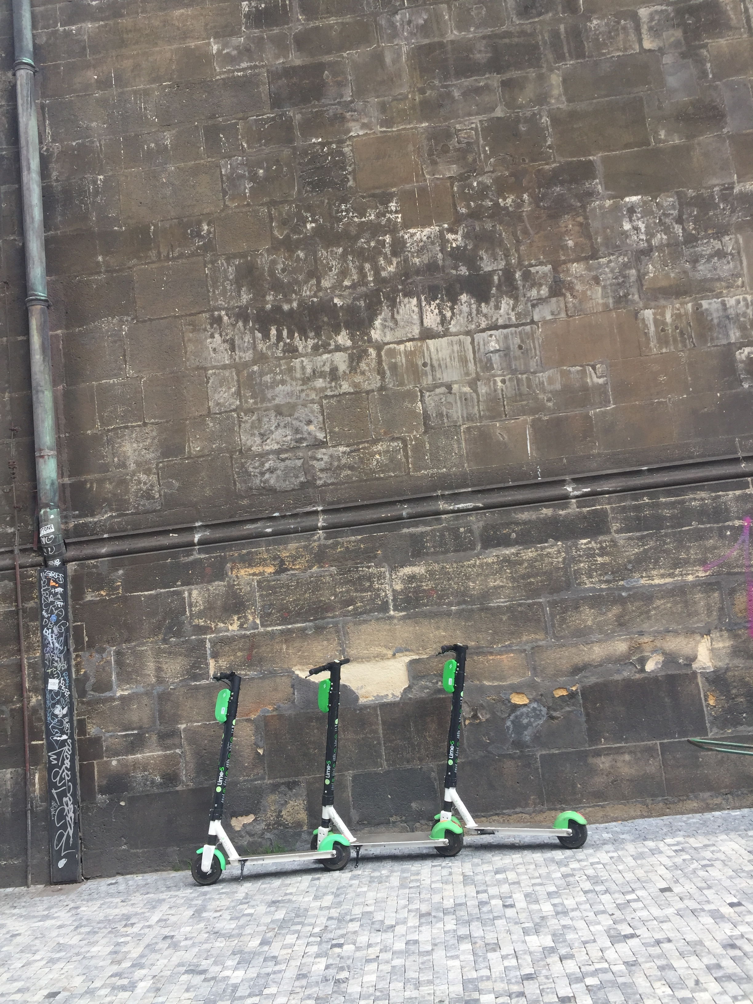 Lime enabled the pootling around Prague. (unsponsored)