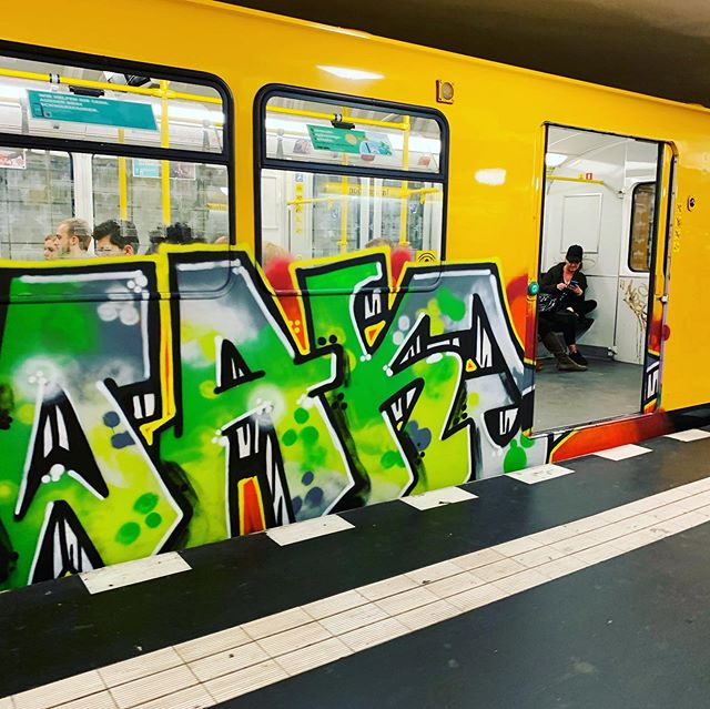 Today in Berlin. One train, three sprayers. Or more? 😄 - - #berlinwriters #ubahn #bvg #train #berlin #hermannplatz #u8 #graffitiart