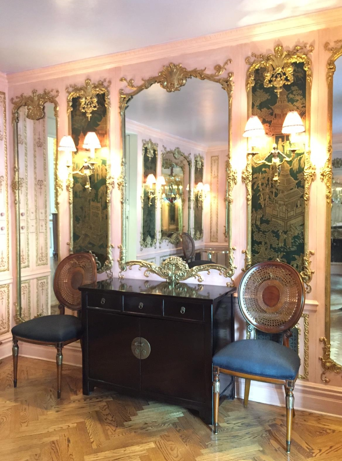 Interiors designed for Chinoiserie passage, New York City