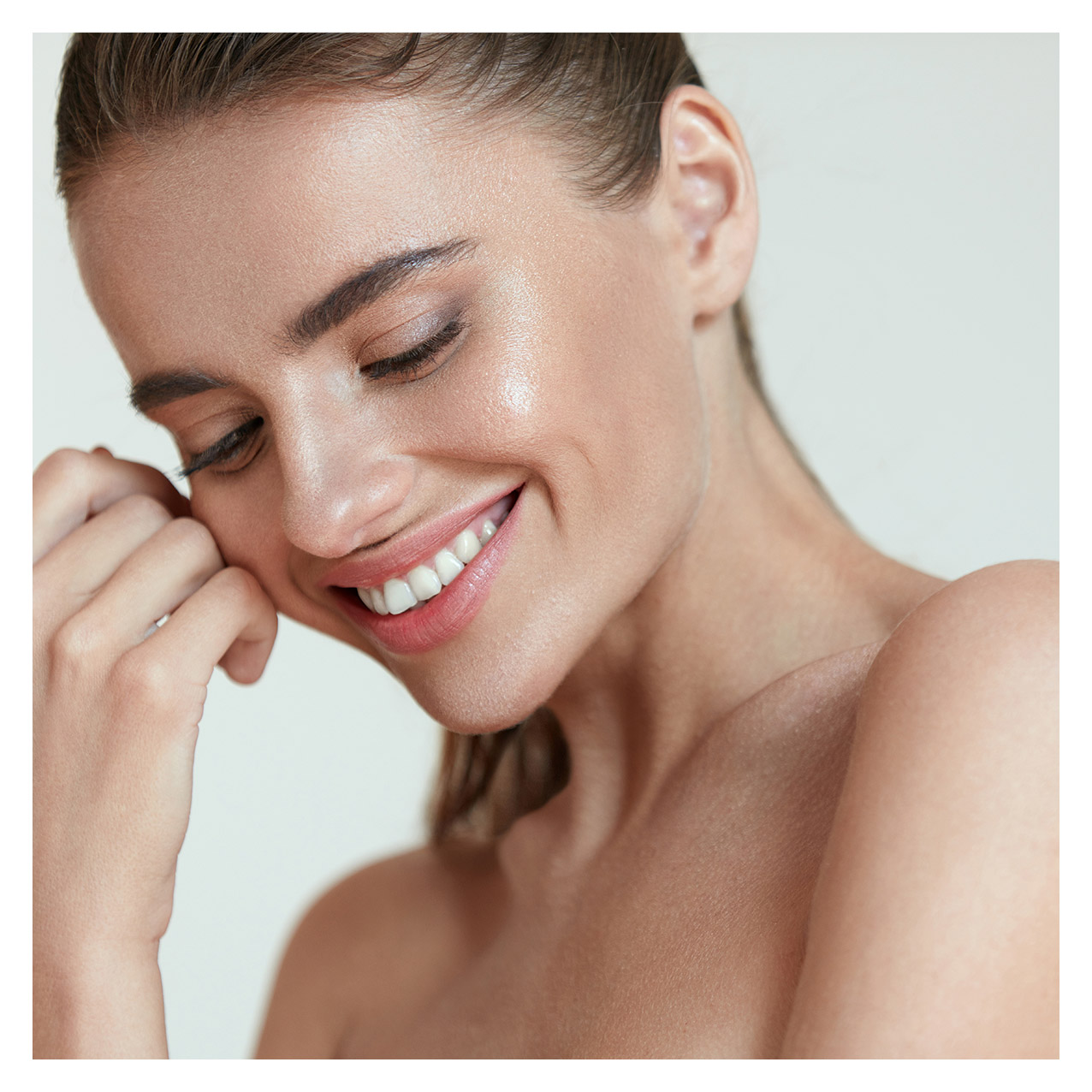 Results-oriented beauty & wellness center - Offering you premium skin care, waxing, and lash services.