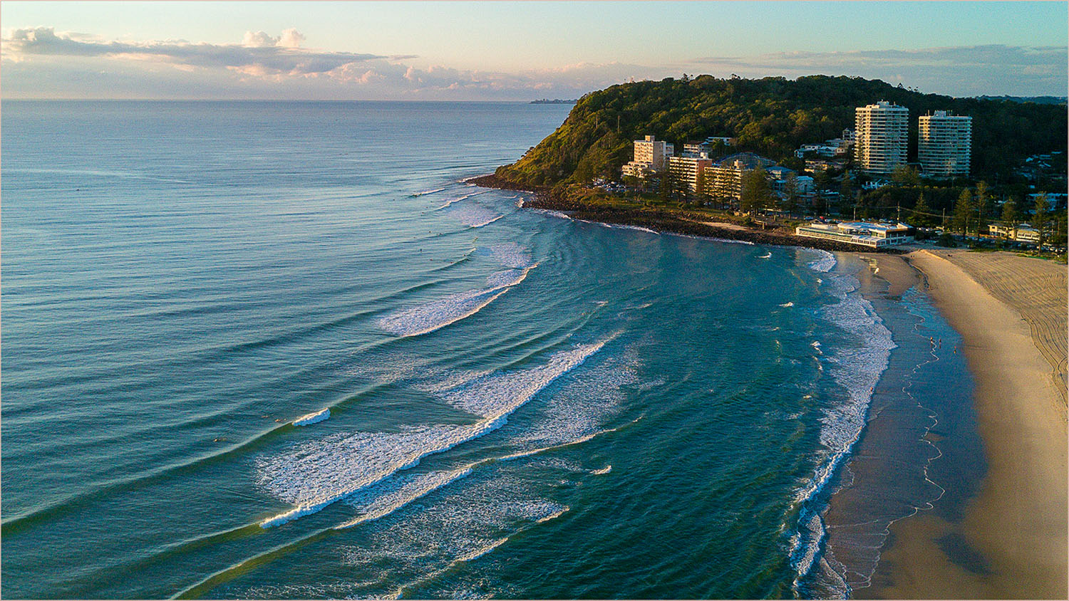 Scapes_Early Morning At Burleigh Heads_Phil Lawrence_Agr_DPI Merit