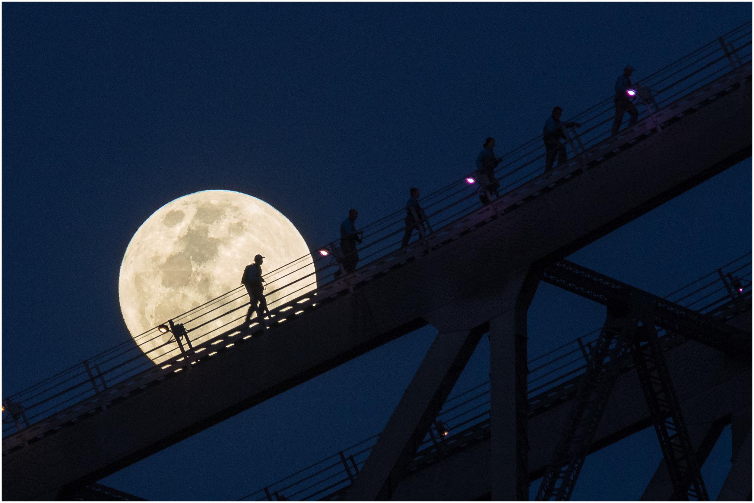 DPI_1st_Pictorial_Moonwalk_ElizabethRiley_BGr