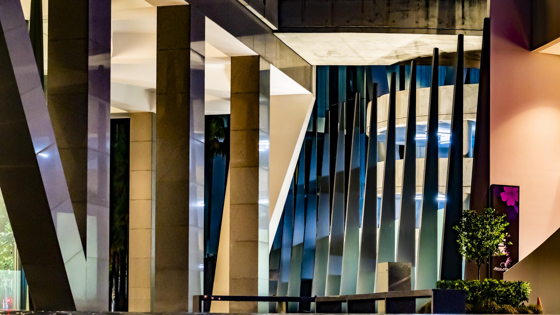 Architecture_Sliver_Geoff Shortland_Bgr_Merit