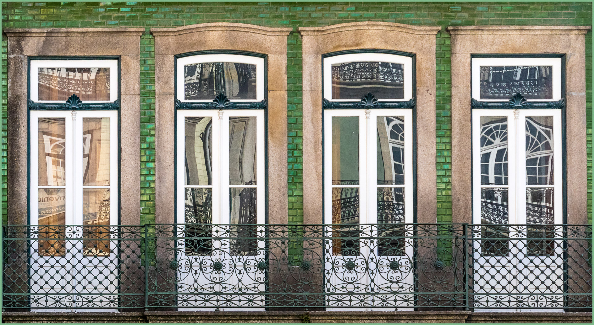 Architecture_WindowsAndDoors_ElizabethRiley_ABGr_Merit