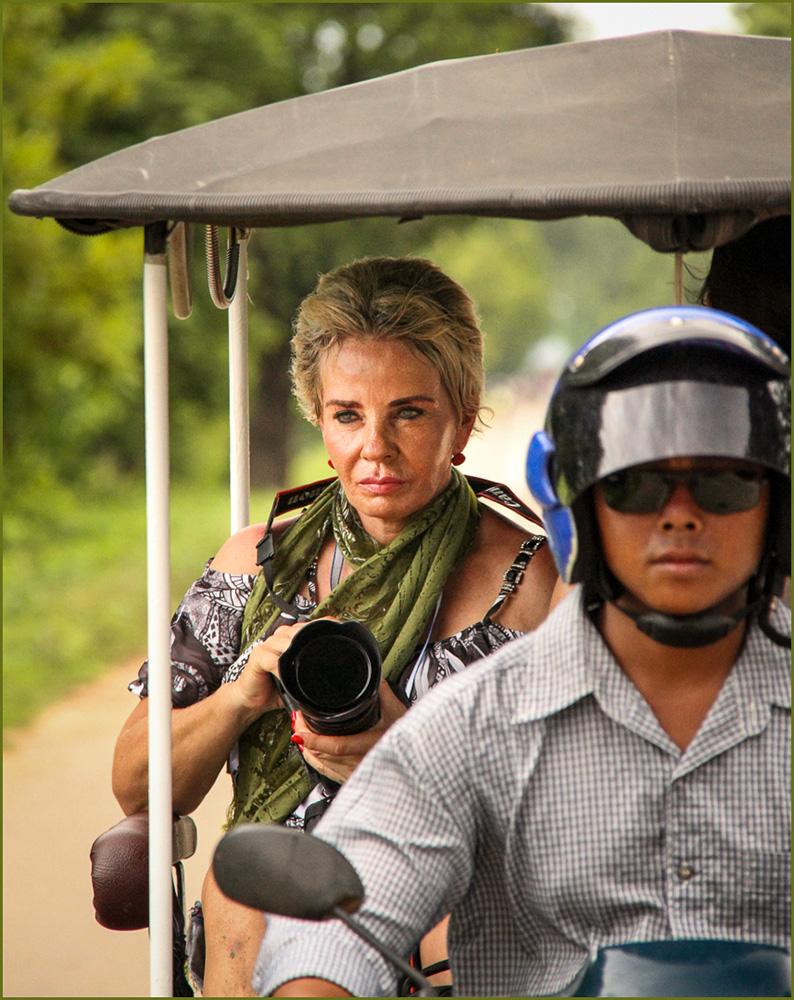 Transportation_In The Tuk Tuk_Elizabeth Riley_ABGr_DPI_Merit