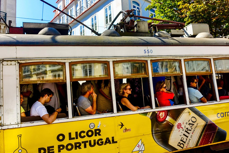 Transportation_Going Uphill in Lisbon_Chris Pigott_Bgr_DPI_Merit