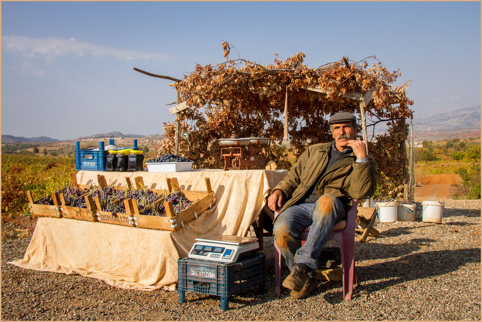People DPI_Roadside farmer_ElizabethRiley_ABGr HONOUR