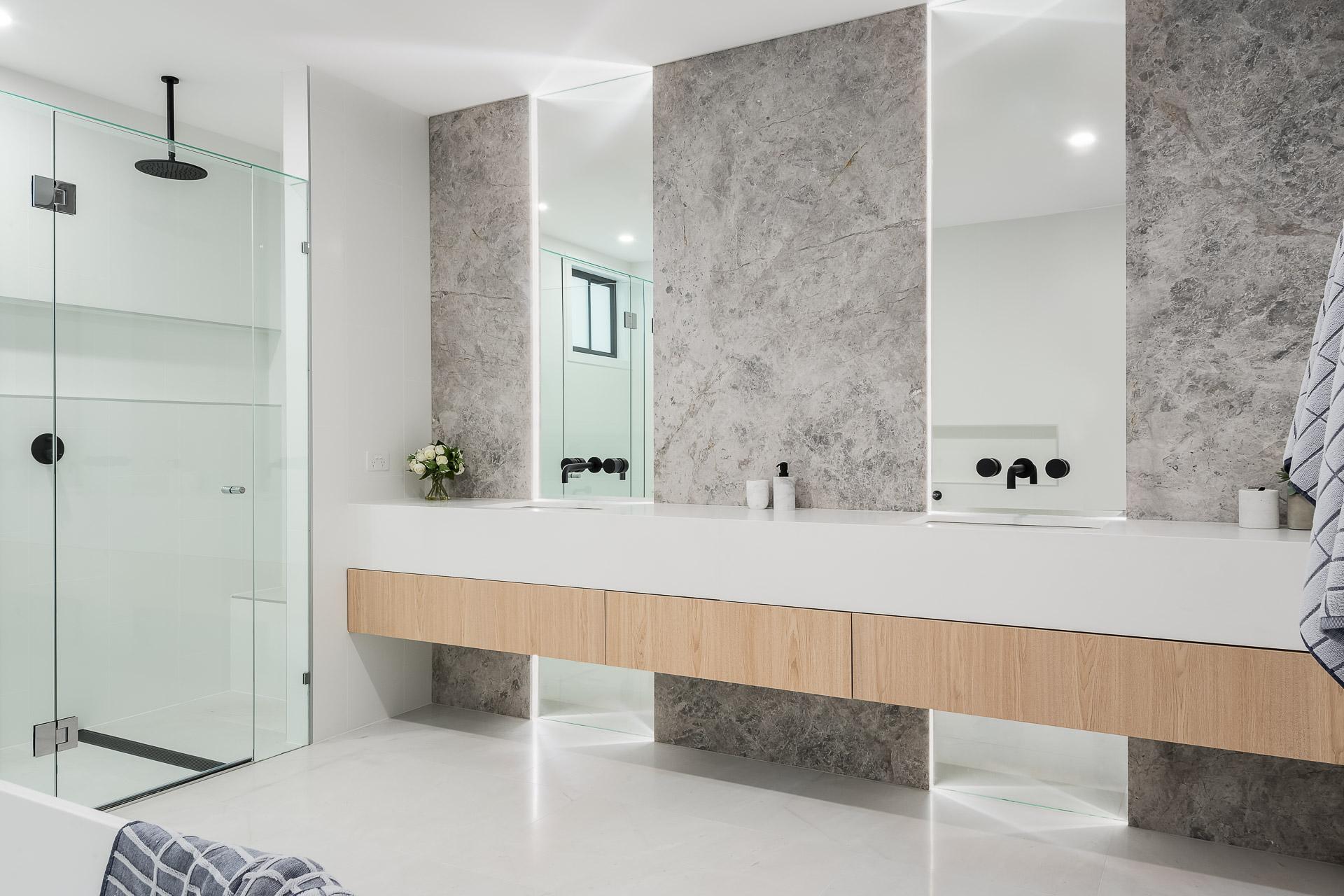 Bathroom-Gilgandra-St-17.jpg