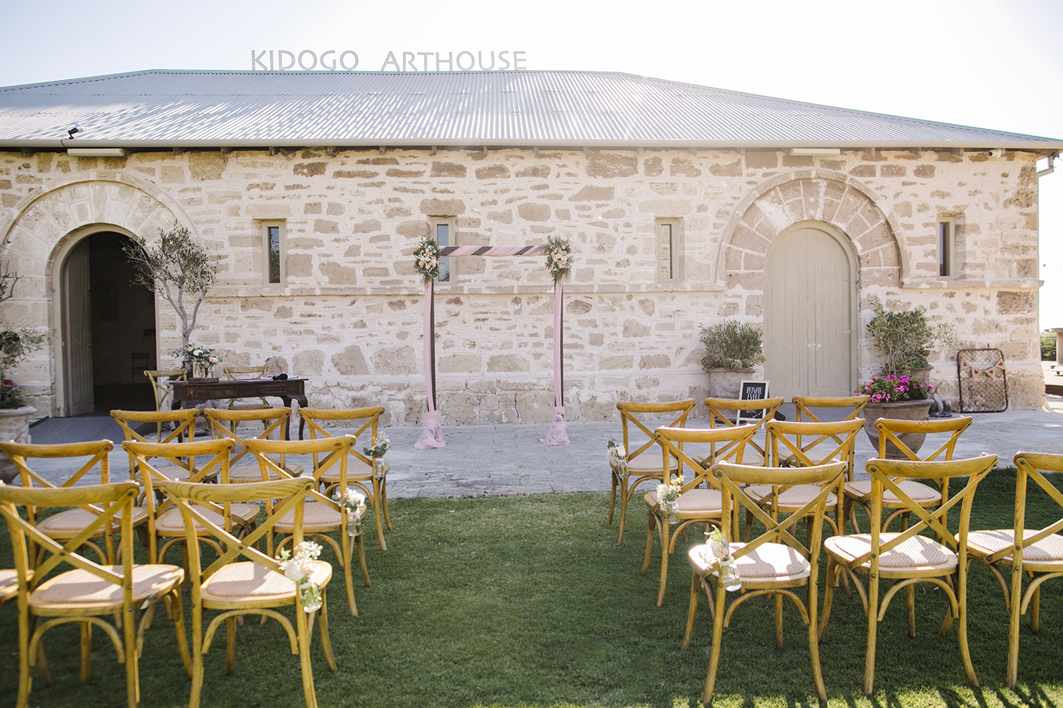 Kidogo Arthouse Pop Up Wedding