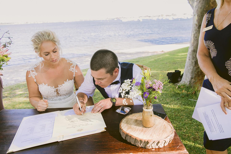Matilda Bay Pop Up Wedding23.jpg