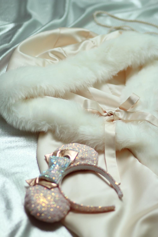 Cape Princesse Disney mariage fourrure deguisement