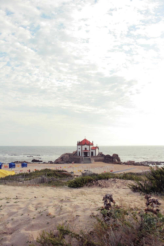 Capela do Senhor da Pedra Portugal city guide blog voyage