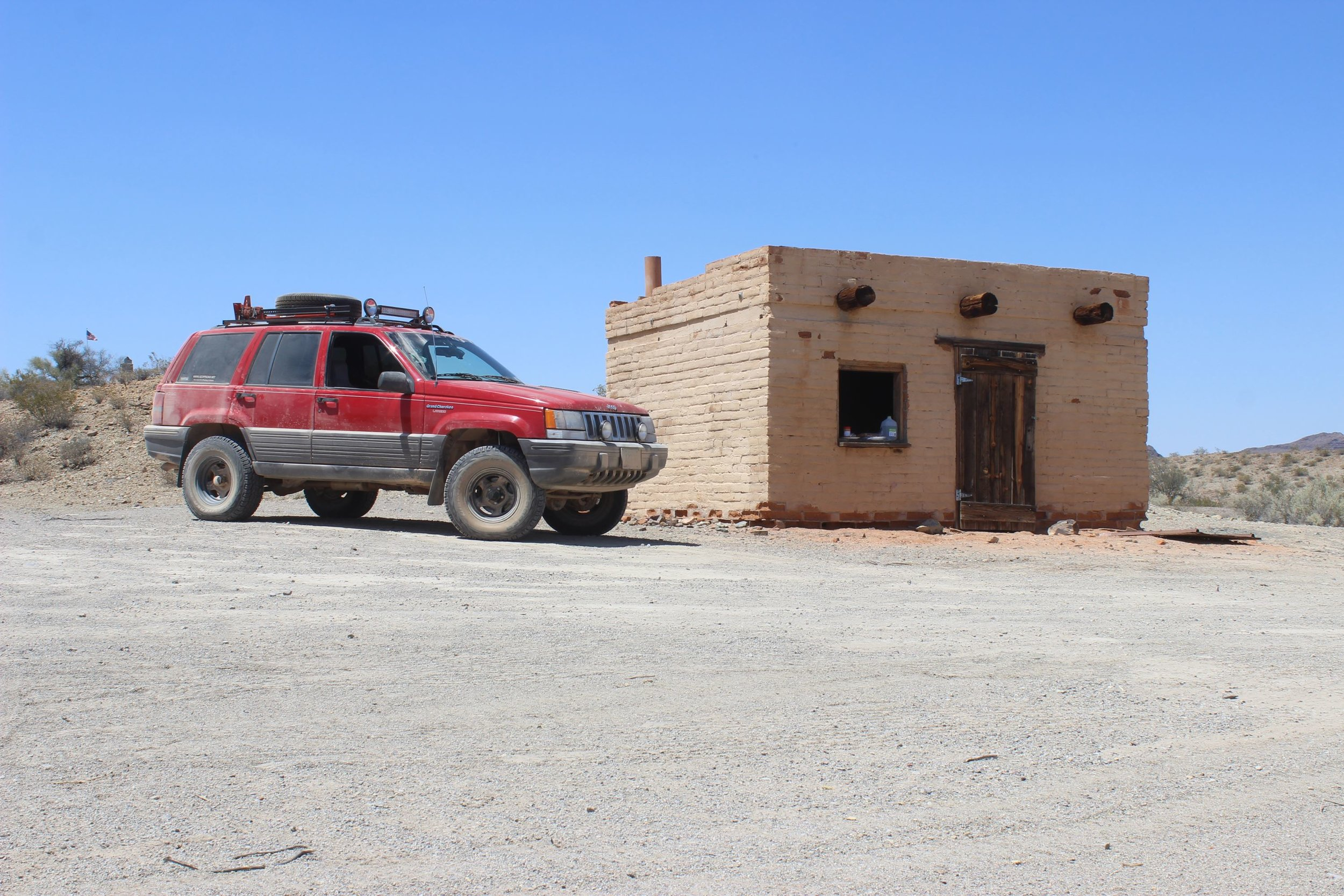 Lunch stop at Tule Well.