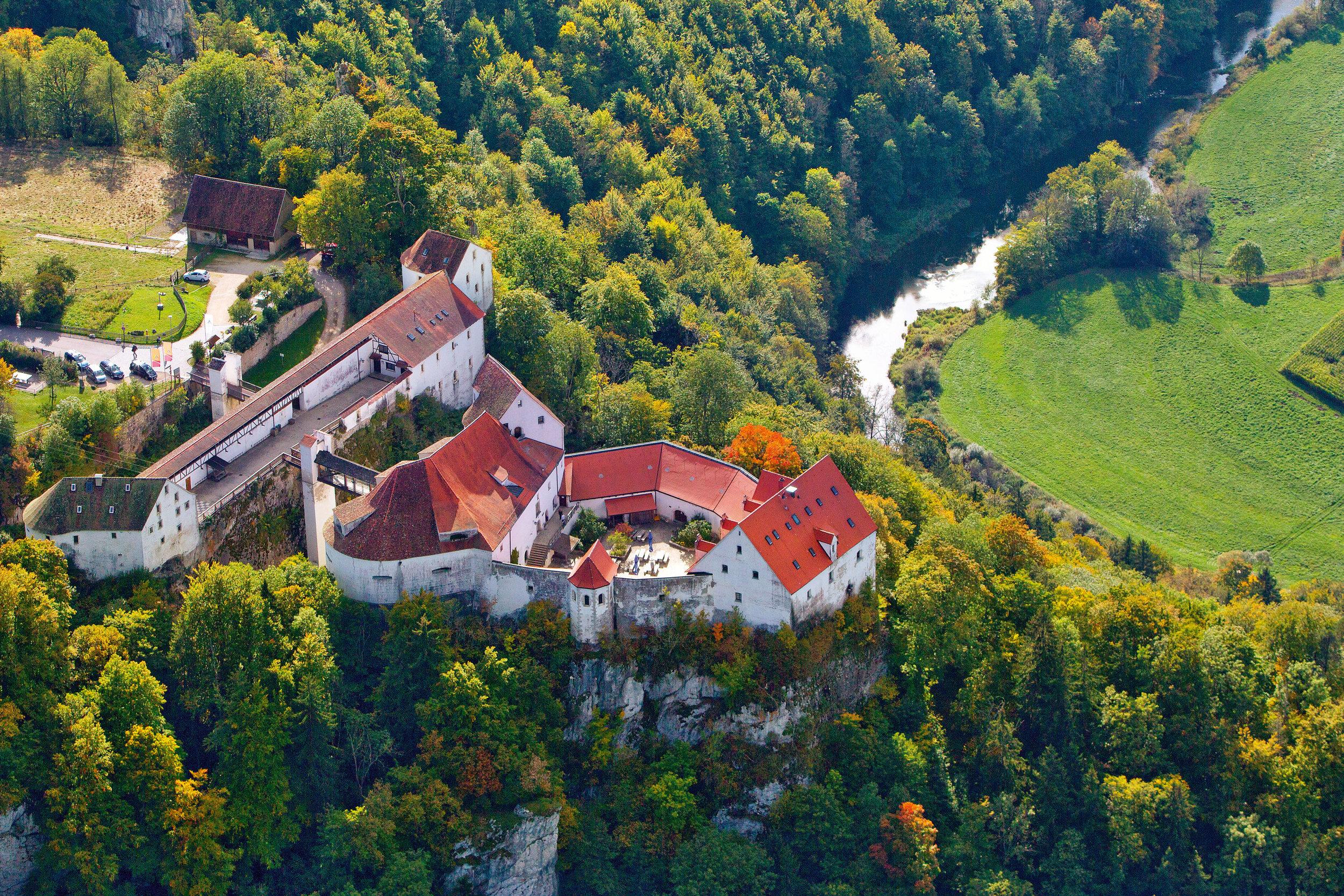 BurgWildenstein_air.jpg