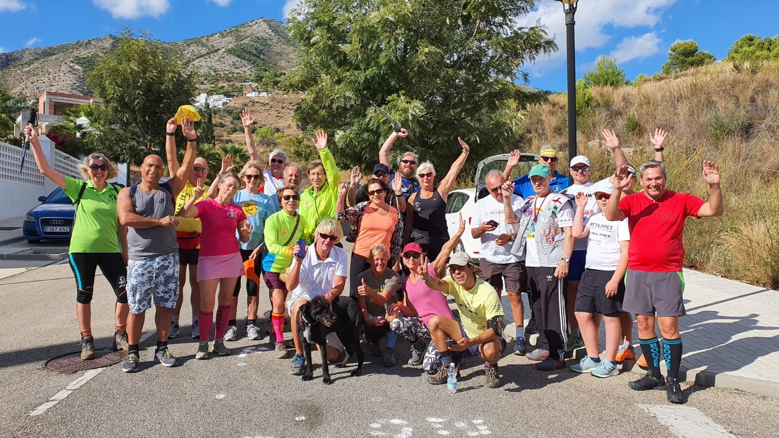 Mijas H3 - Hash Flash Golden Cascade - Run 1662 - 20 Oct 2019 - Photo  3.jpg
