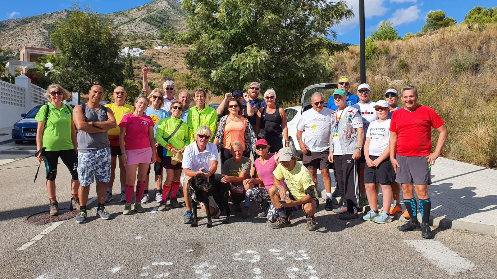 Mijas H3 - Hash Flash Golden Cascade - Run 1662 - 20 Oct 2019 - Photo  9.jpg