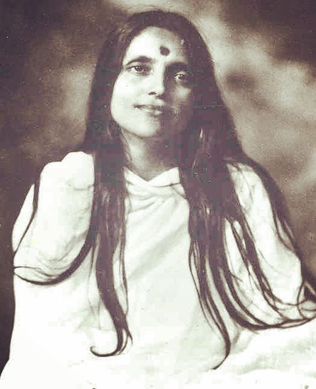One of my soul teachers, today is Sri Anandamayi Ma Jayanti. A free spirit, she wandered all over the India showering her love and tender care on everyone. Across India, several ashrams, established and dedicated in her name, today serve as sanctuaries for spiritual seekers. ⠀⠀ .⠀⠀ .⠀⠀ .⠀⠀ The central theme of all her words and expressions is this: Life and Spirituality are one. All that you do to maintain your life, your everyday work and play, all your attempts to earn a living, should be done with sincerity, love and devotion, with a firm conviction that true living means virtually perfecting one's spiritual existence in tune with the universe. ⠀⠀ .⠀⠀ .⠀⠀ Really needed her words and thoughts this week, as I try to navigate challenges that pull on my heartstrings. We gotta keep our own firm conviction without judging others. Minute by minute practice, that I often fail at. ⠀⠀ .⠀⠀ .⠀⠀ #anandamayima #bliss #yogapractice #spiritualityistoughsometimes #subek #ekamai ⠀⠀ ⠀⠀ ⠀⠀ ⠀⠀ ⠀⠀