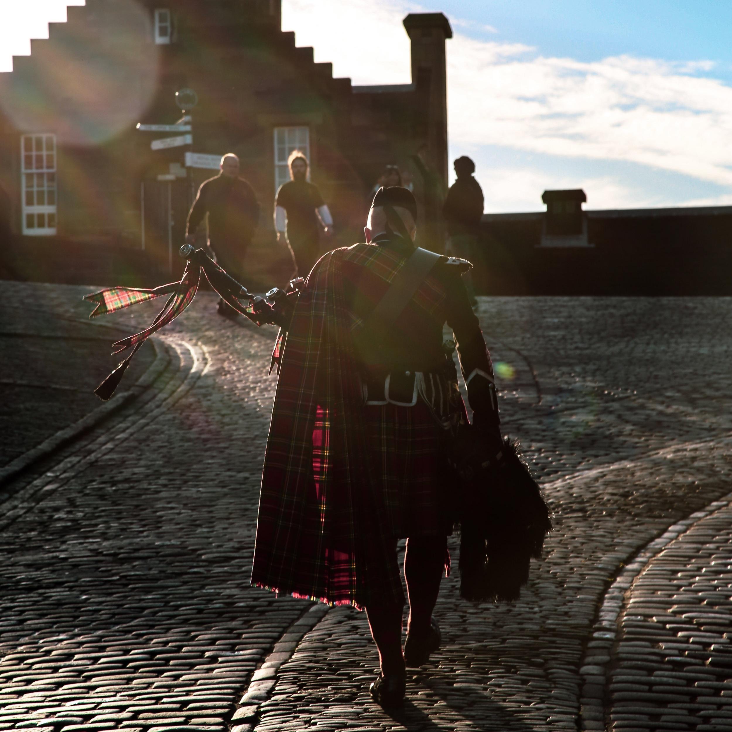 Highlander Edinburgh Castle