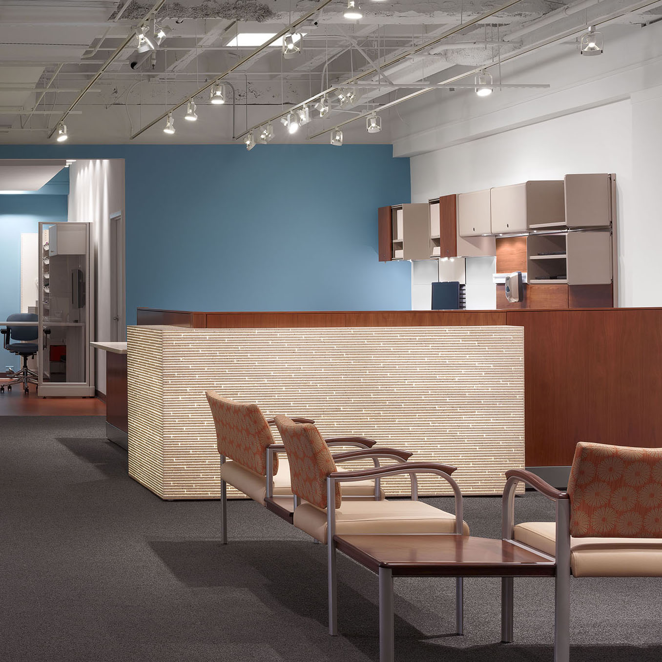 Herman Miller Healthcare Reception - A light-box nurse station for a healthcare reception space