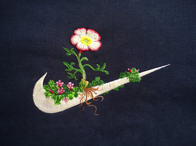 Detalhe de James Merry, Nike + Jöklasoley, 2015, embroidery on vintage sportswear