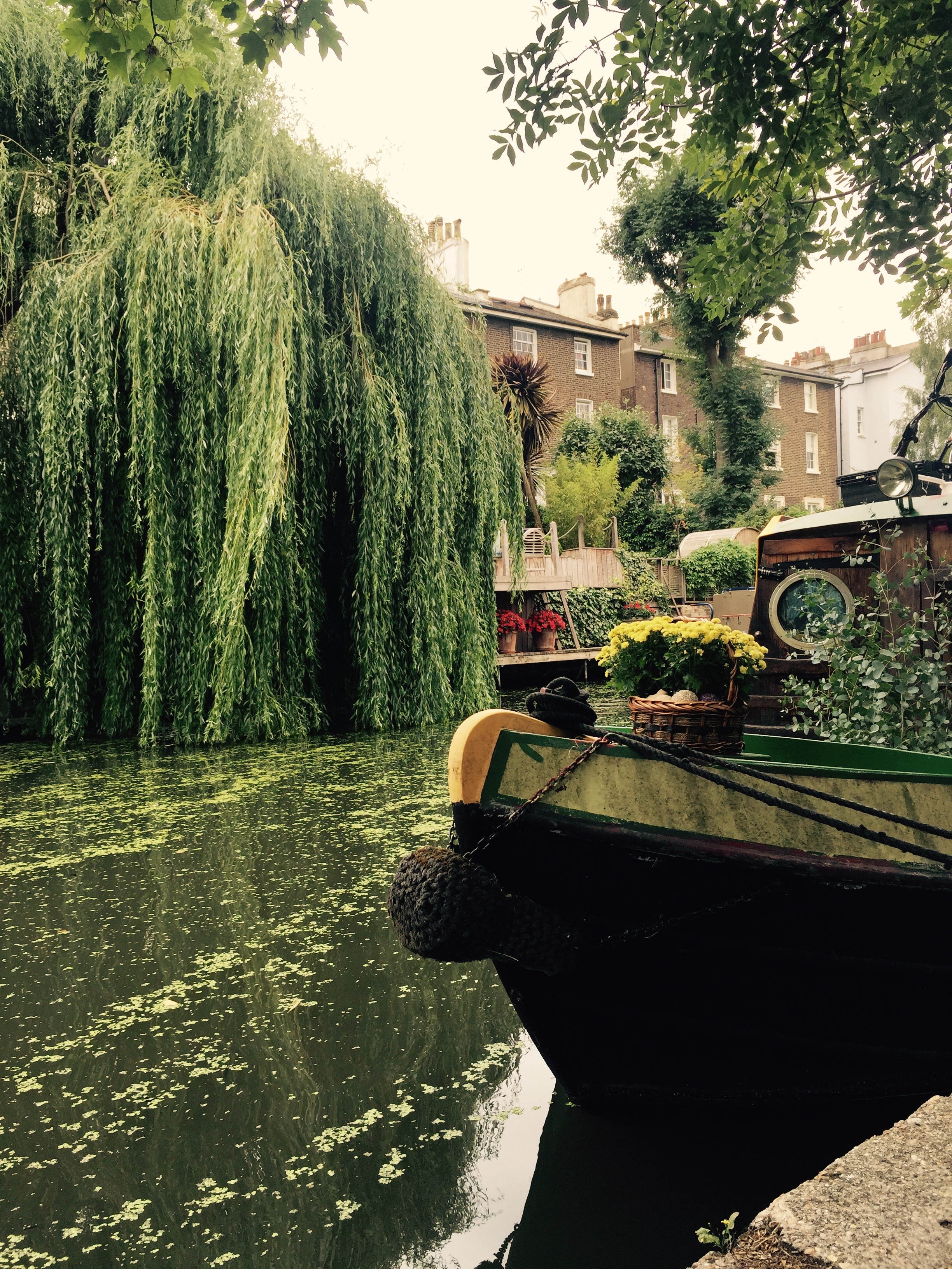 iPhone photography | regents canal | photographer